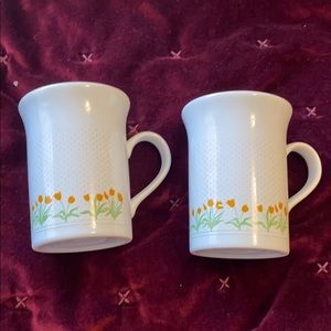 2/$10Two vintage mugs made in England